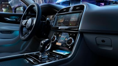 2020 Jaguar XE facelift interior