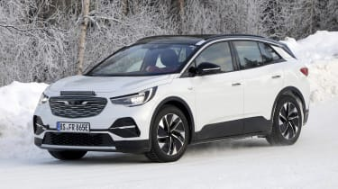2021 Volkswagen ID.4 SUV - winter testing front 3/4
