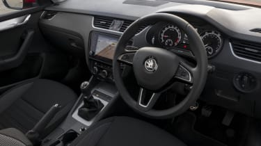 Like the styling of the exterior, the dashboard is no-nonsense in design and this makes it very easy to use