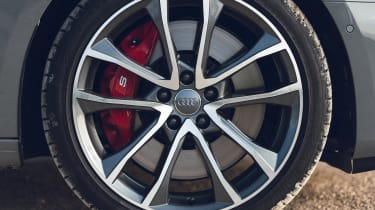 Audi S4 Avant estate alloy wheels