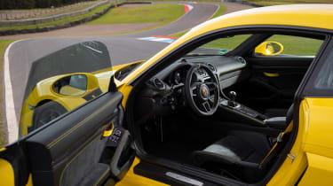 Porsche 718 Cayman coupe interior