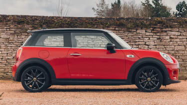 MINI Electric hatchback side static