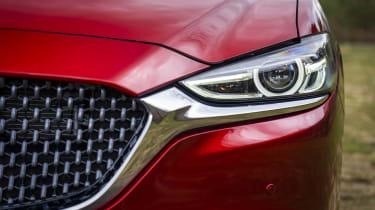 Mazda6 saloon headlight