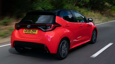 Toyota Yaris Hybrid rear 3/4 tracking