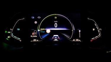 Renault Clio E-Tech Hybrid instrument graphics