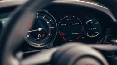 Porsche 911 coupe instruments
