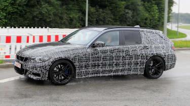 BMW 3 Series Estate side tracking spy shot
