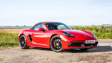 Porsche 718 Boxster convertible front 3/4 static