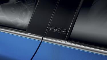 2020 Renault Clio E-Tech - Badging side