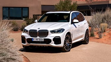 BMW X5 static front three-quarter 2