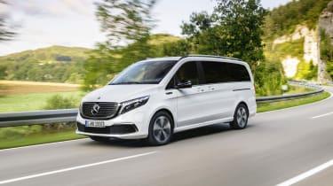 Mercedes EQV - front 3/4 dynamic