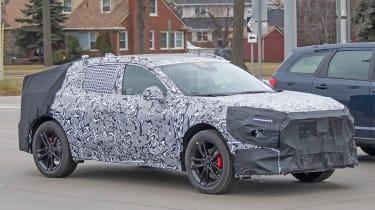 Ford Mondeo SUV in development