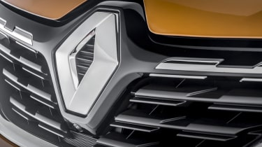 2020 Renault Captur - close up front grille