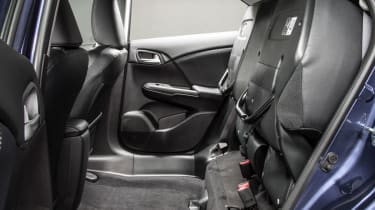 Honda Civic Tourer estate 2014 interior seats
