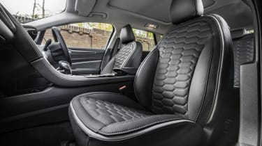 Ford Mondeo Estate front seats