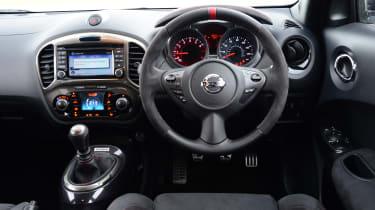Nissan Juke Nismo RS - dashboard