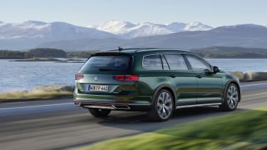 2019 Volkswagen Passat AllTrack Rear driving