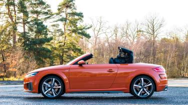 audi tt roadster convertible folding roof 2