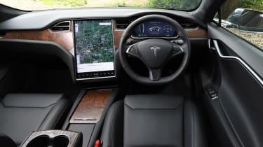 Tesla Model S saloon interior