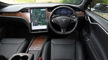 Tesla Model S saloon interior