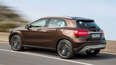Mercedes GLA 2014 rear quarter tracking