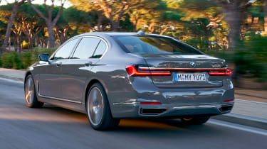 BMW 7 Series saloon rear tracking