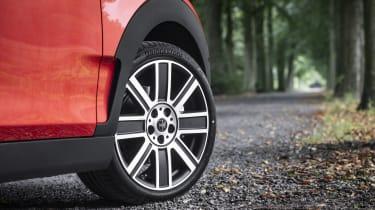 2019 MINI Clubman - Union Jack Alloy wheel