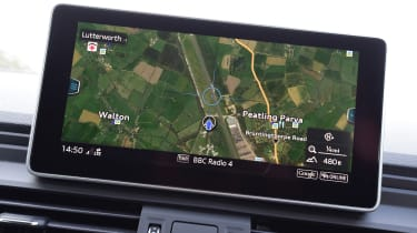 Audi Q5 S line MMI map interface
