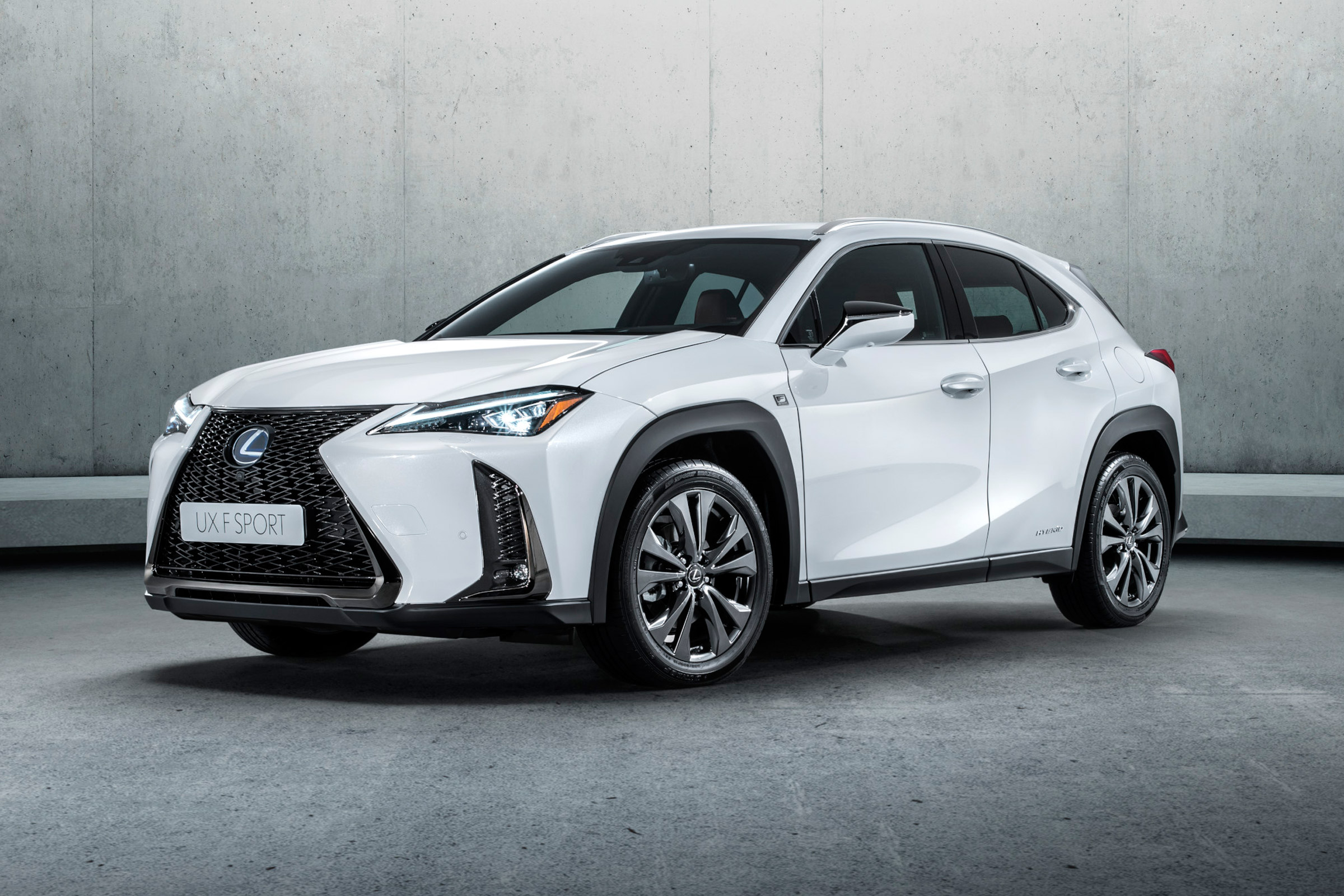 New Lexus Ux Suv 2019 Specs Prices And On Sale Date Carbuyer