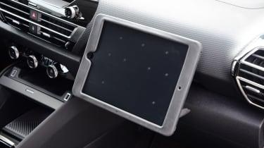 Citroen C4 hatchback tablet mount