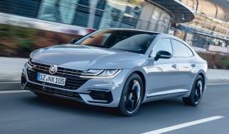 Volkswagen Arteon R-Line Edition driving