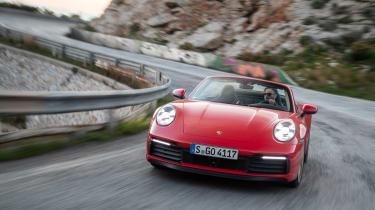 Porsche 911 Cabriolet 2019 tracking corner 3