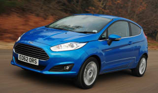 Ford Fiesta 2012 front quarter tracking
