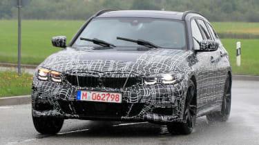 BMW 3 Series Estate front tracking spy shot