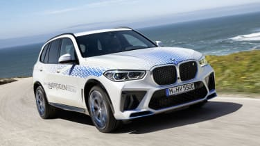 BMW iX5 Hydrogen - front 3/4 dynamic (right)