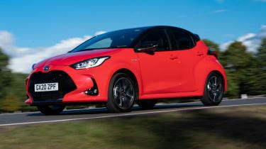 Toyota Yaris hatchback front 3/4 tracking