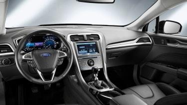 Ford Mondeo hatchback 2014 interior