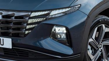 Hyundai Tucson SUV headlights