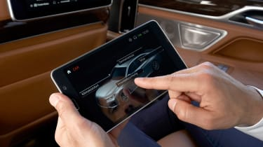 BMW 7 Series saloon tablet