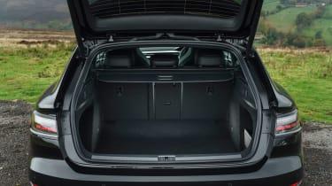 Volkswagen Arteon Shooting Brake estate boot