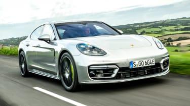 Porsche Panamera hatchback front 3/4 tracking