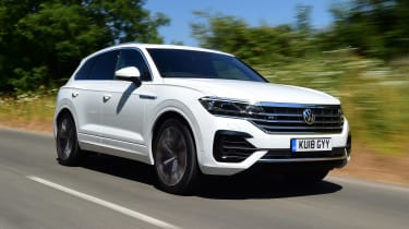 Volkswagen Touareg SUV front 3/4 tracking