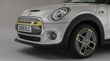 MINI Electric - front close-up