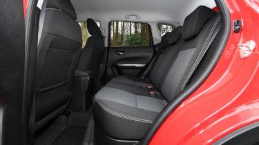 Suzuki Vitara SZ-T - rear seats