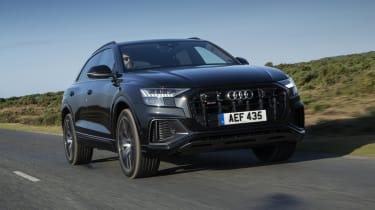 Audi SQ8 - front 3/4 view dynamic