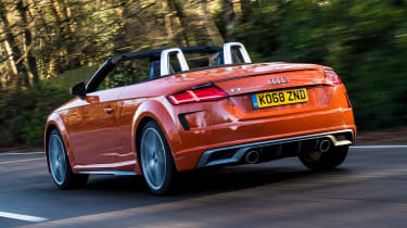 audi tt roadster convertible rear tracking