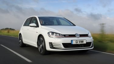 Volkswagen Golf GTI - front 3/4 view