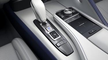 Lexus LC500 Convertible gearlever