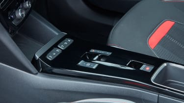 2021 Vauxhall Mokka - centre console
