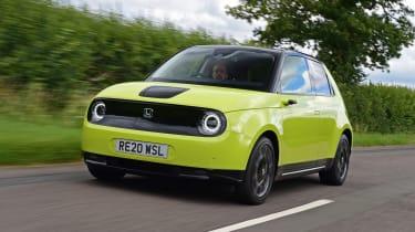 Honda e hatchback front 3/4 tracking